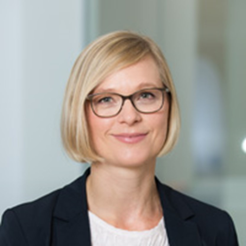 Julia Moser,Austria